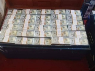 Buy 100% high quality Undetectable counterfeit money which passes both uv Light and Pen tes